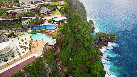 The edge hotel aerial shot of pool overhanging cliff