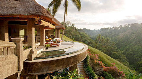 Viceroy spa balcony overlooking ubud hills